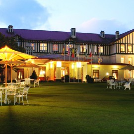 Grand Hotel Nuwara Eliya-romantic travel-Sri Lanka-woman and home