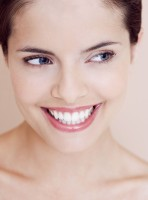 10 Easy Ways To Whiten Your Teeth At Home