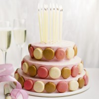 Show-stopping Macaroon Tier Cake