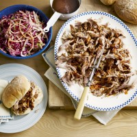 Pulled pork with fennel and mustard