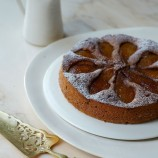 Caramelised pear and buckwheat pudding cake