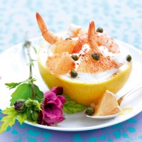 Grapefruit, Cottage Cheese and Prawn Salad