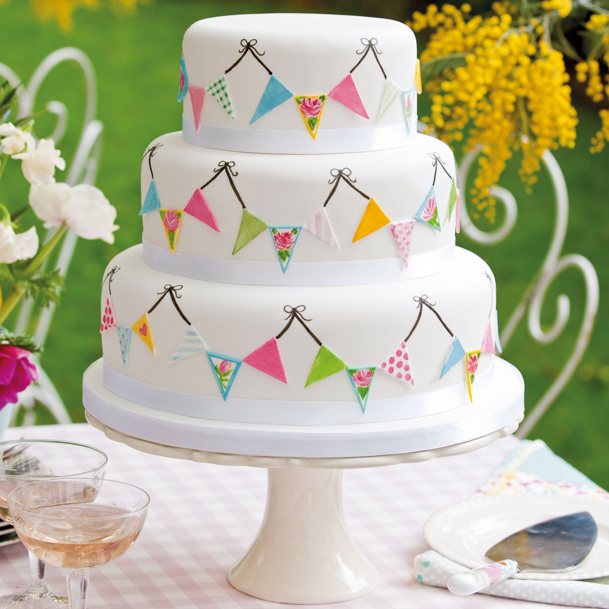Summer Fete Wedding Cake Woman And Home