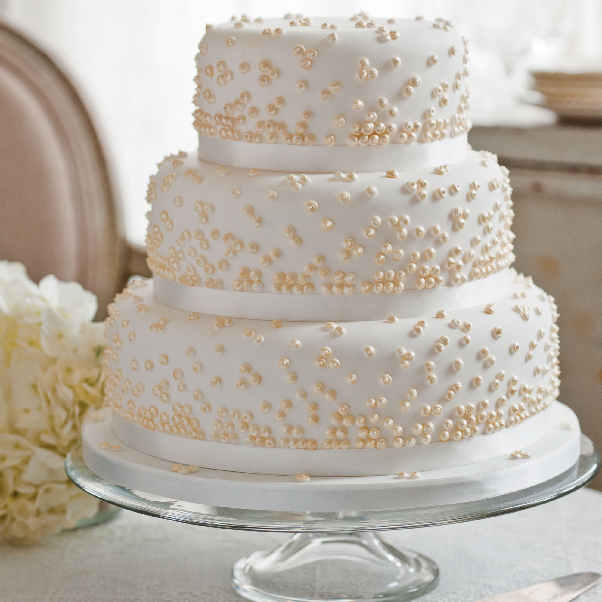 Royal Iced Wedding Cake Designs