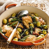 Olive and garlic chicken