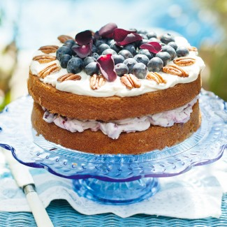 Pecan buttermilk cake with blueberries