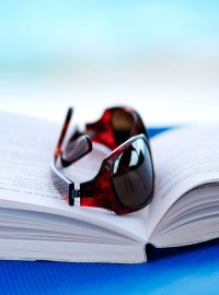 10 Good Holiday Reads