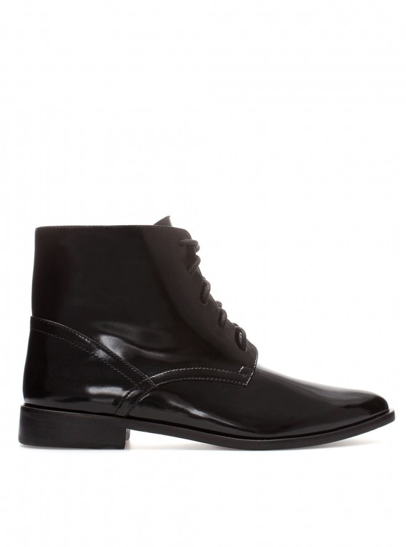 Zara flat ankle boot with laces photo