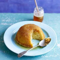 Paul Hollywood's Heather Honey Sponge