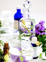 Use These Essential Oils To Discover A More Balanced You