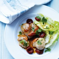 Seared Scallops with Chorizo