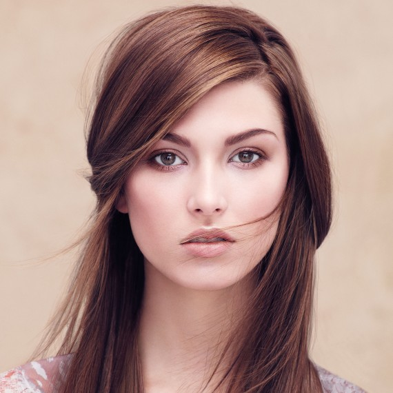 Photo of a model with a long brunette hairstyle