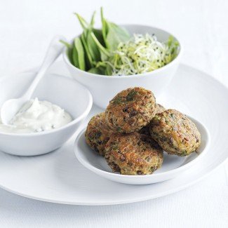 Lentil falafel with garlic yoghurt sauce