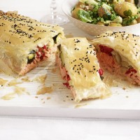 How to prepare salmon in filo pastry