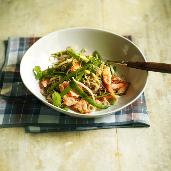 Salmon stir-fry with soba noodles