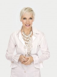 WOW 2015: Annie Lennox talks to Jude Kelly