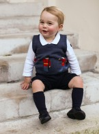 Prince George's First Festive Photoshoot