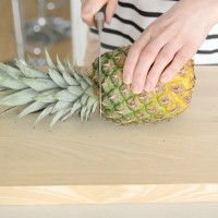 How To Prepare A Pineapple
