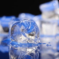 5 Ways Ice Can Upgrade Your Beauty Routine