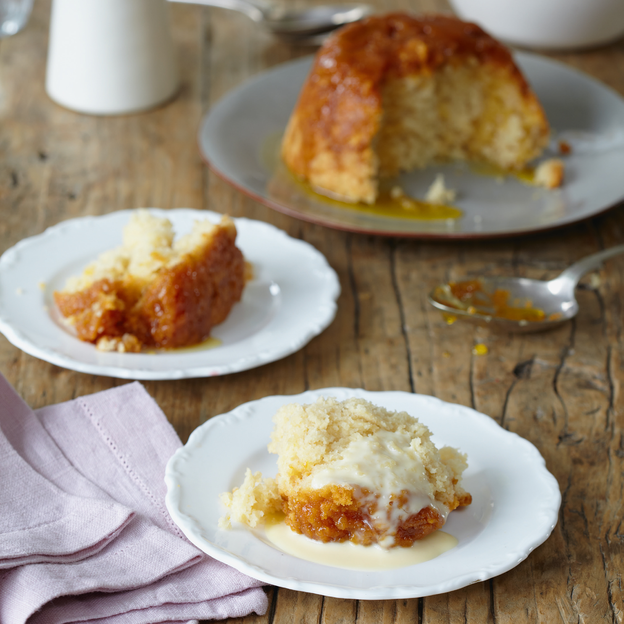 Mary berry luxury treacle sponge pudding for Treacle sponge pudding oven