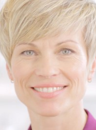 VIDEO: How To Add Texture To Short Hair
