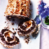 Salted Caramel Roulade