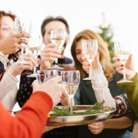 Christmas Dinner Etiquette: Your Guide To Festive Manners