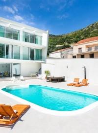 Mediterranean Villas For Your Summer Break