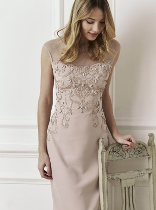 Stylish Spring Wedding Guest Outfits