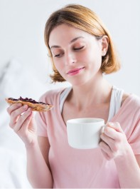 Does Skipping Breakfast Really Pile On The Pounds?
