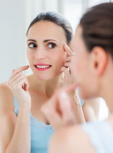 How To Combat Pigmentation And Age Spots