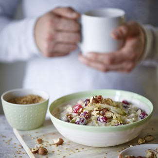 Joe Wicks' Pear and Cranberry Overnight Oats