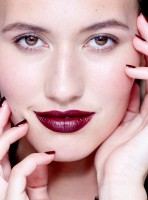 How to wear beauty's biggest makeup trend now: burgundy