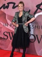The Best Red Carpet Looks From The Fashion Awards