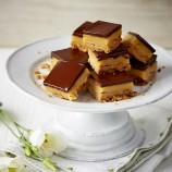 Millionaire's Shortbread With Salted Caramel