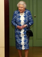 The Queen Emulates The Duchess Of Cambridge's Wardrobe