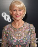"Helen Mirren Reveals That She Struggles With Self-Esteem On A ""Daily Basis"""