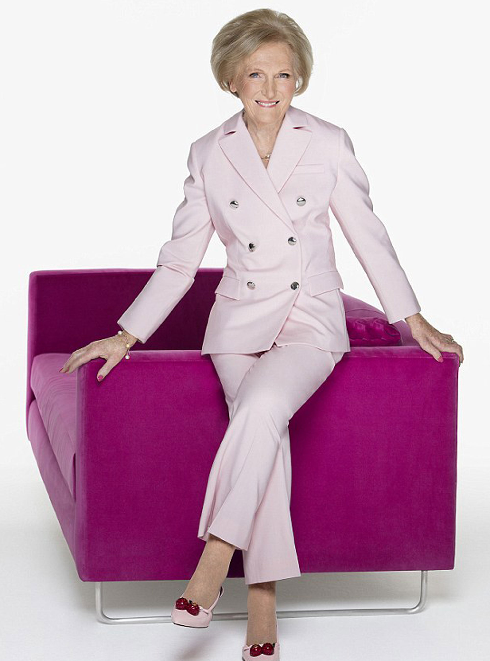 Mary berry admits i was not the best mum woman and home for Mary berry uk