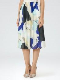 6 Flattering, Wear Anywhere Midi Skirts