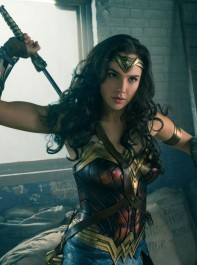 New Wonder Woman: Why You Need To See The Movie That's Breaking Records