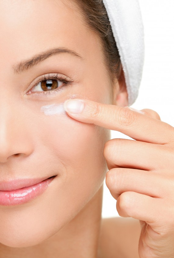 how to combat puffy eyes