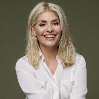 Long Lash Tricks And Lazy Cleansing: Holly Willoughby Reveals Her Beauty Secrets