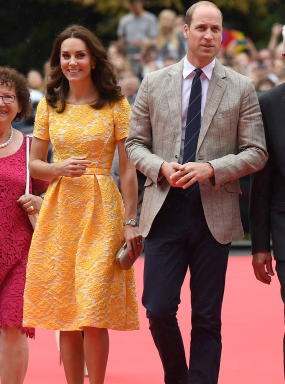 kate-yellow-dress