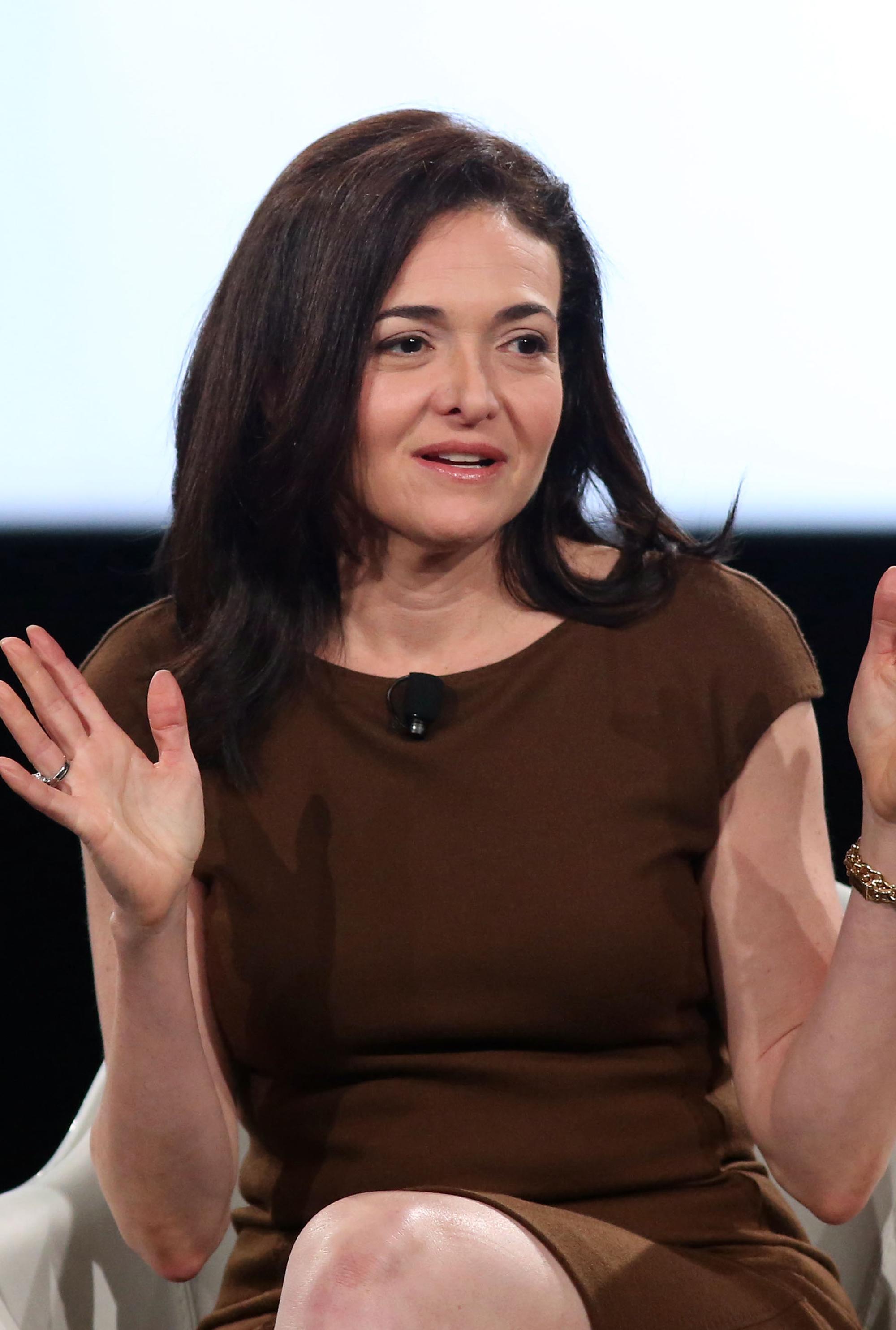 Sheryl Sandberg Desert Island Discs Reduces Listeners To Tears Woman And Home
