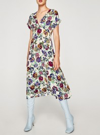 Is This The Best Selling Dress Of The Summer? This Is How You Can Still Get Your Hands On It...
