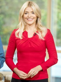 Holly Willoughby's Been Taking Beauty Advice From Liz Earl - And We Never Would Have Guessed Her Top Tip For Glowing Skin!