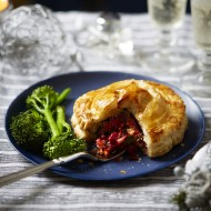 Vegan Pies With Chickpeas and Beetroot