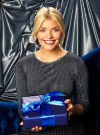 Holly Willoughby's Festive Dress Is Just £28 On The High Street!