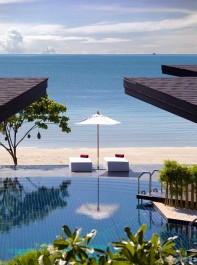 Free Yoga, Gorgeous Beaches & Spa Treatments Galore: The Ultimate Thailand Wellness Holiday